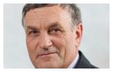 Szefem Komisji Rewizyjnej został Stanisław Radzik, a pracami pozostałych komisji kierować w tej kadencji będą: Wiesław Mróz, Elżbieta Wysowska, ... - komisje-podzielone-zdj-gl